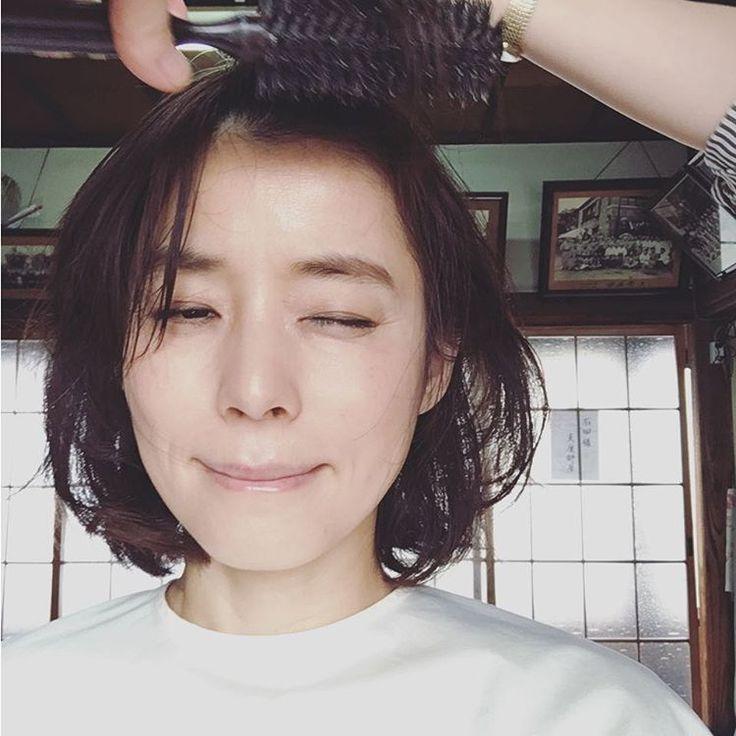 いいね!41千件、コメント285件 ― 石田ゆり子さん(@yuriyuri1003)のInstagramアカウント: 「おはようございます 連日、ドラマの撮影。 朝から晩まで ひとところで ひたすらシューティング 桜の季節は なんだか切ない。 きょうも笑顔で。」