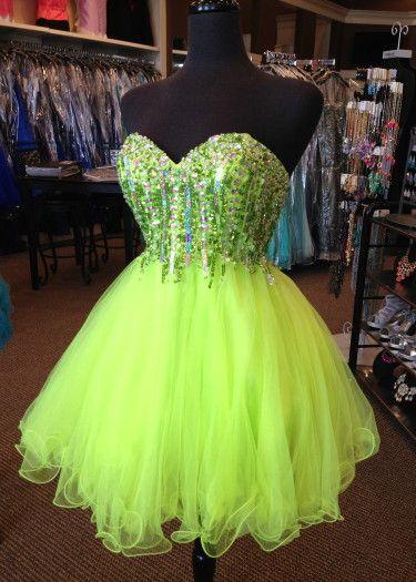 Short dress. So gorgeous!