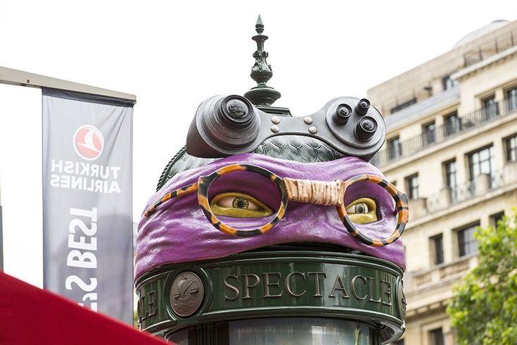 """Creapills sur Twitter : """"Quand les Tortues Ninja s'emparent des Champs-Elysées ! Bien vu @JCDecaux_France 👍 https://t.co/KRQJHIgma7"""""""