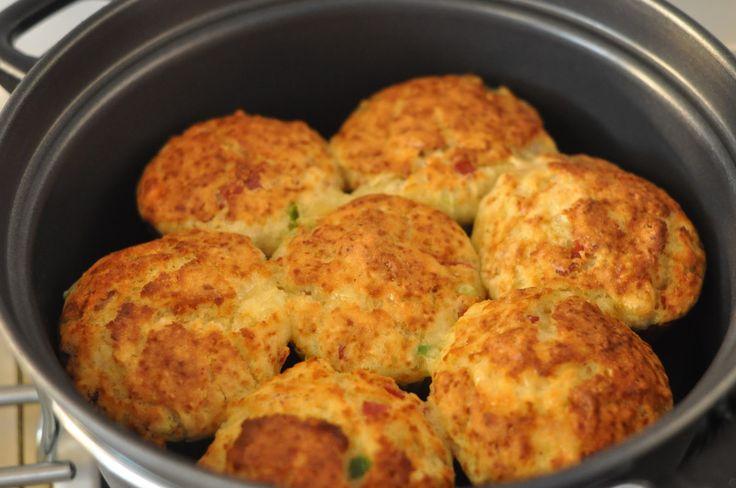 Muffiny se sýrem a chorizem