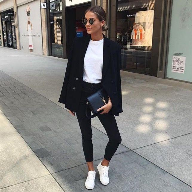 Mode femme Casual chic printemps/été idéal pour le travail : Pantalon noir. Tshirt blanc. Baskets blanches. Blazer noir. – #Baskets #Blanc #blanches #Blazer #casual #chic #femme #idéal #mode #noir #Pantalon #pour #printempsété #travail #Tshirt – Picterest