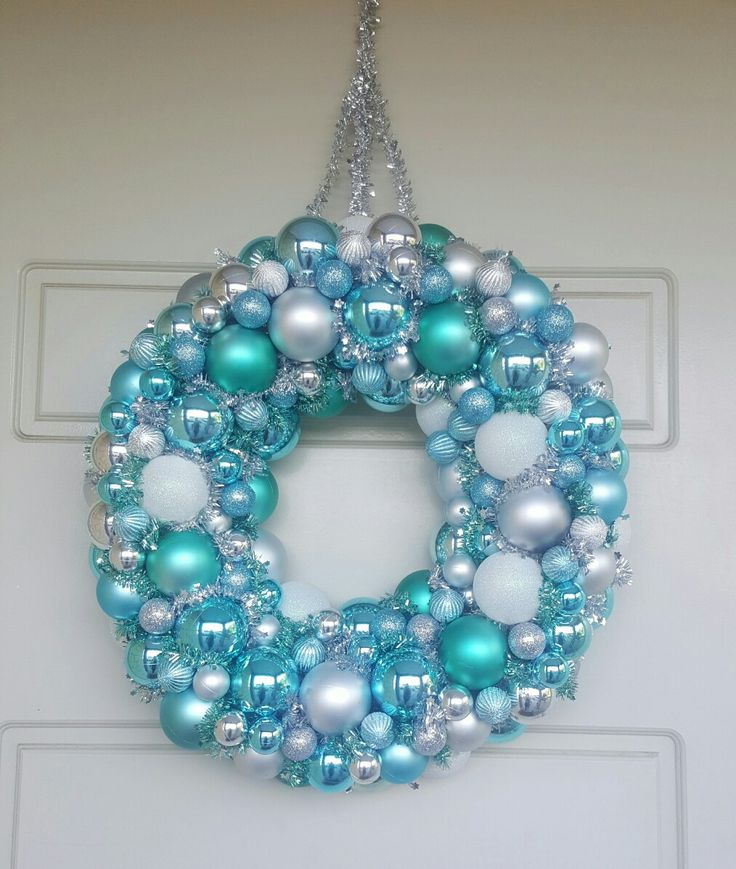 Pool noodle bauble wreath in icy blues