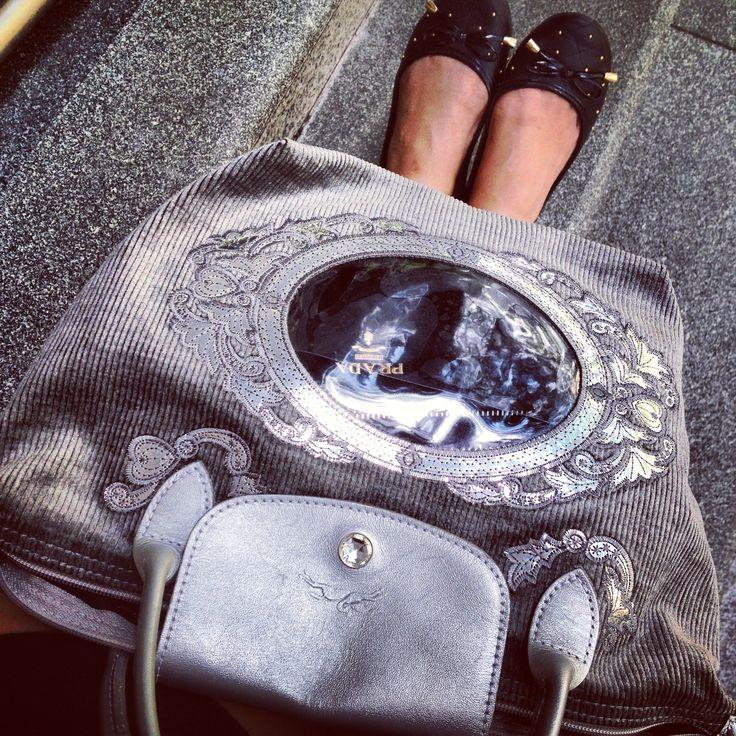 Longchamp w/embriodery & see-tru pocket