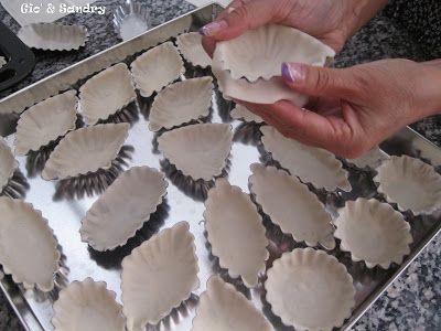 La dolce rosa di monte: Pastine reali o pastissus