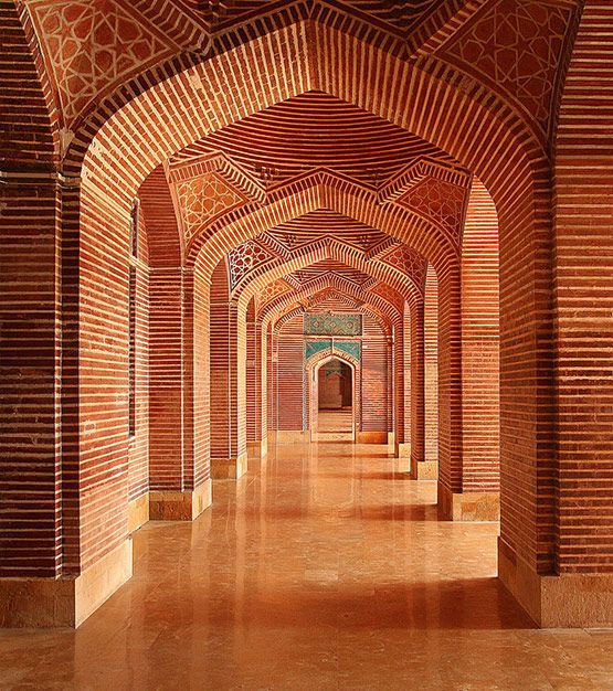 Shahjahan Masjid-Pakistan. It is located in Thatta, Sindh province, Pakistan. Built in 1647 during the reign of Mughal King Shahjahan.King. The mosque is built with red bricks with blue coloured glaze tiles probably imported from another Sindh's tow...
