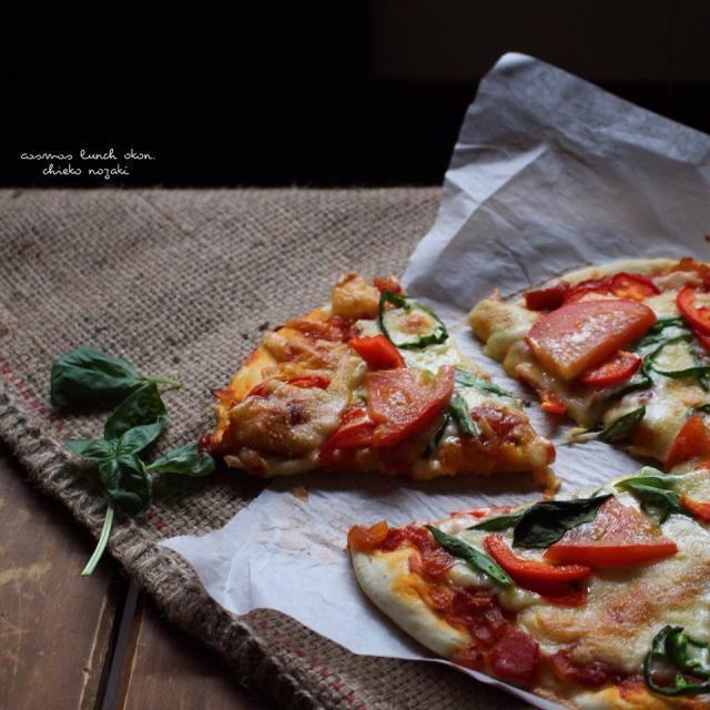 久々の手作りピザ♡ 冷蔵庫の野菜たくさん使いました(^^;; ビールのお供に(*´艸`)♡ - 120件のもぐもぐ - 手作りピザ♡ by okon