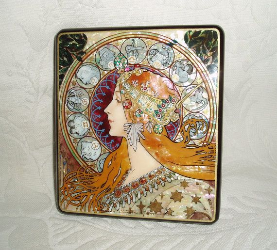 Beautiful Hand Painted Russian Lacquer box mother by tanyaHPSrus, $199.00