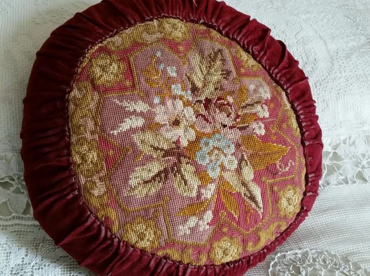 ANTIQUE BOHEMIAN BOUDOIR ROUND EMBROIDERY NEEDLEPOINT CUSHION VELVET FABRIC RED