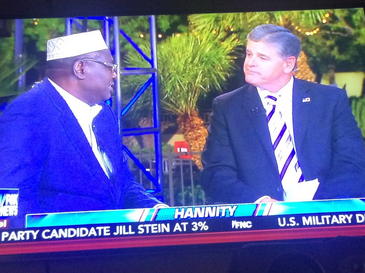 I thank #Hannity 4bein a great HATE INCITER‼️He used #MalikObama Barack's brother DISGUSTINGLY‼️HANNITY's the only IDIOT pushing fairytales‼️No LEGIT newscast in English, Spanish,Chinese were talkin bout this tonite, only Fox was! That's why #gop always LOSEs! Thanks @Hannity‼️😂#seanhannity #democrats2016 #hillaryclinton #hillary2016 #republicanssuck #nevertrump #maga #Republicans #Trump #trump2016 #donaldtrump #giveemhill #imwithher #gopsucks #whineylittlebitch #trumppence16 #gopracists