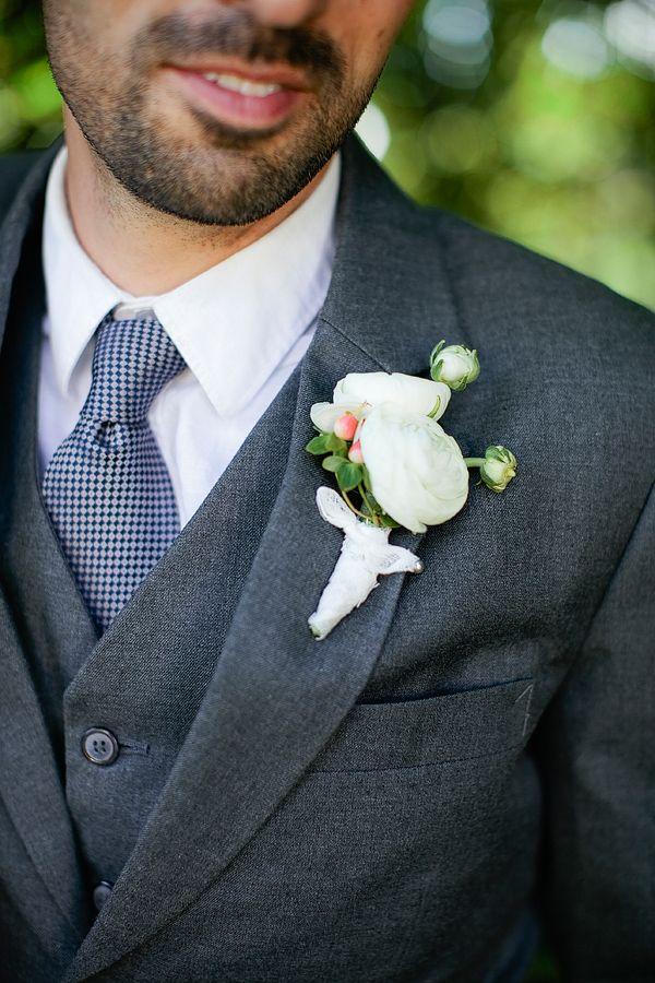 a simple but handsome white boutonniere #forthegroom #weddingboutonniere #dashing http://www.weddingchicks.com/2013/11/01/portland-backyard-wedding/