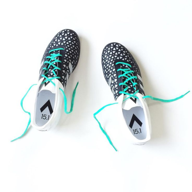 """Adidas Ace 15.1 - Black/White The last ever first generation ace colourway features a classic black white look with striking mint laces. A shock pink is…"""