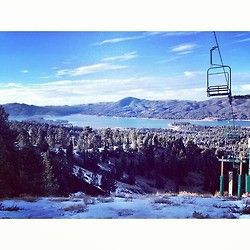 Big Bear Snow Summit skiingday. Great day with great people and great view. Winter break encore?
