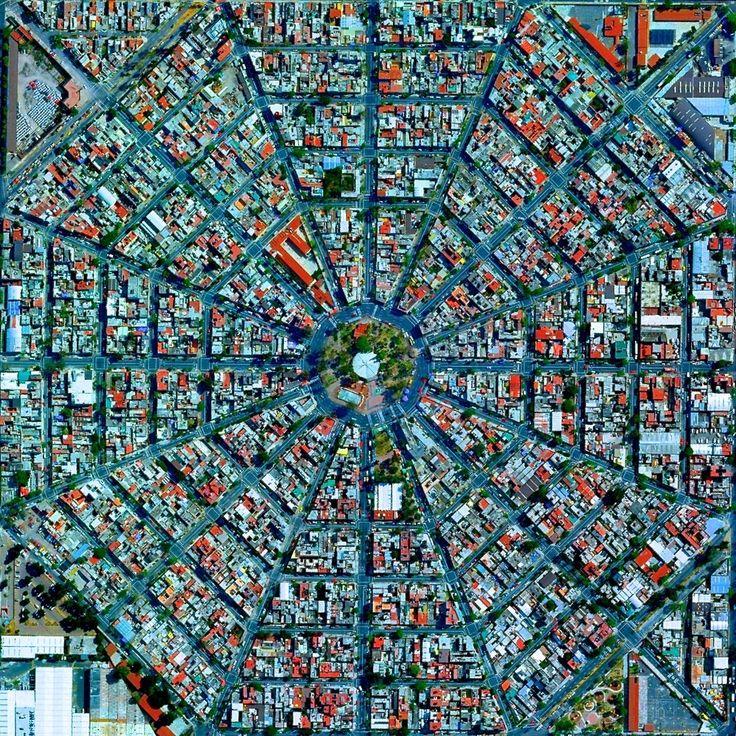 Os efeitos da humanidade no planeta vistos de cima - Plaza Del Ejecutivo in the Venustiano Carranza, Cidade do México, México. Cortesia de DigitalGlobe