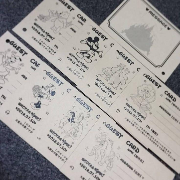 いいね!36件、コメント3件 ― Miiii🐶Weddingさん(@mtmy1213)のInstagramアカウント: 「***** . . . Guest Card 印刷完了 😭💓 . あえて紙は厚いクラフト紙で 雰囲気だしてみました(*^^*) . キャラクターは八種類 !!! . ミッキー・ミニー・ドナルド・…」