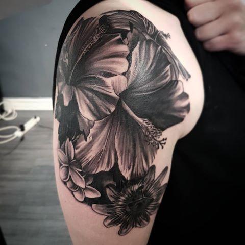 #tattoo #tattoos #tattooartiste #tatouage #tatuaje #tattoorealistic #tattoorealiste #tattooportrait #tattoolille #tattooparis #haubourdin #needelle #labetehumaine #atelier168 #graphicaderme #tattoonord #ink #tattooed #blackandgreytattoo #tattoolife