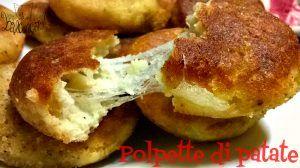 I panini farciti con salsiccia e friarielli, sono un antipasto sfizioso che può arricchire la tavola del buffet o esser mangiato da solo.. Uno tira l'altro
