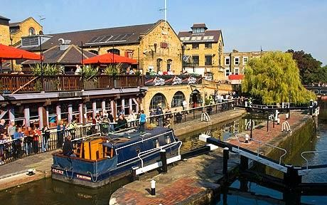Camden Market: one of the biggest outdoor markets in London. Tons of clothes and food from all around the world. Love It!