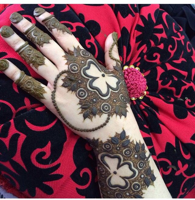 634 best HeNnA images on Pinterest | Mehendi, Henna mehndi