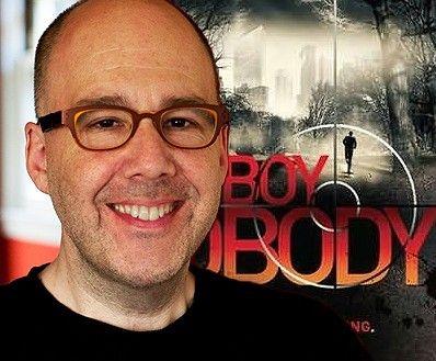 Pin 2: Allen Zadoff is een auteur die boeken schrijft voor jongvolwassenen; hij heeft ook de Young-adult award gewonnen. Hij is geboren in 1967 in Boston. Hij bekend geworden door zijn romans. Een paar van zijn boeken worden misschien ook nog verfilmd.