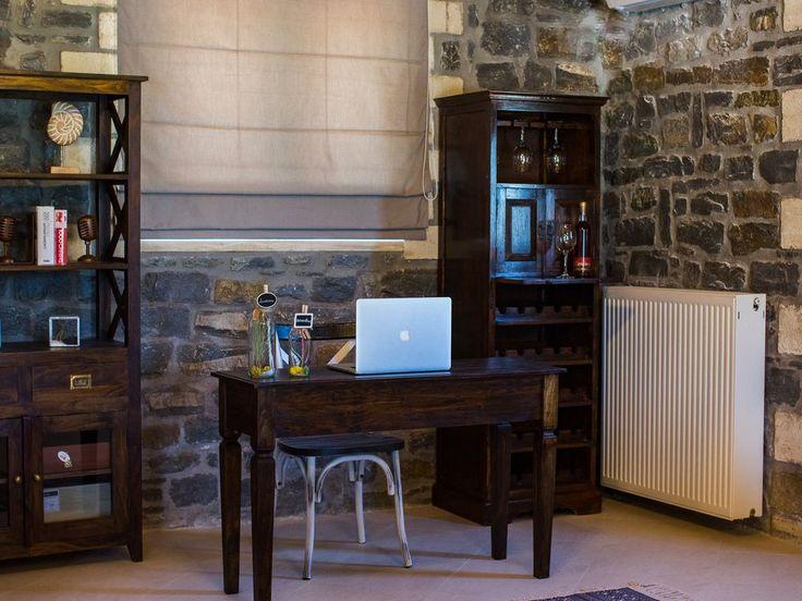 Foinikas villa rental - Work space with desk!