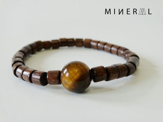 Brown Man wooded beads Bracelet par MNRL sur Etsy