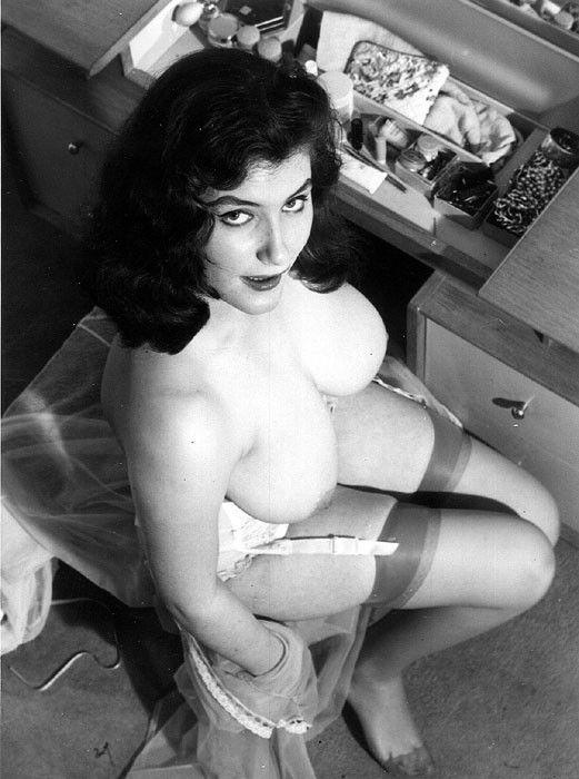 Vintage: 25733 videos - Tits Hits