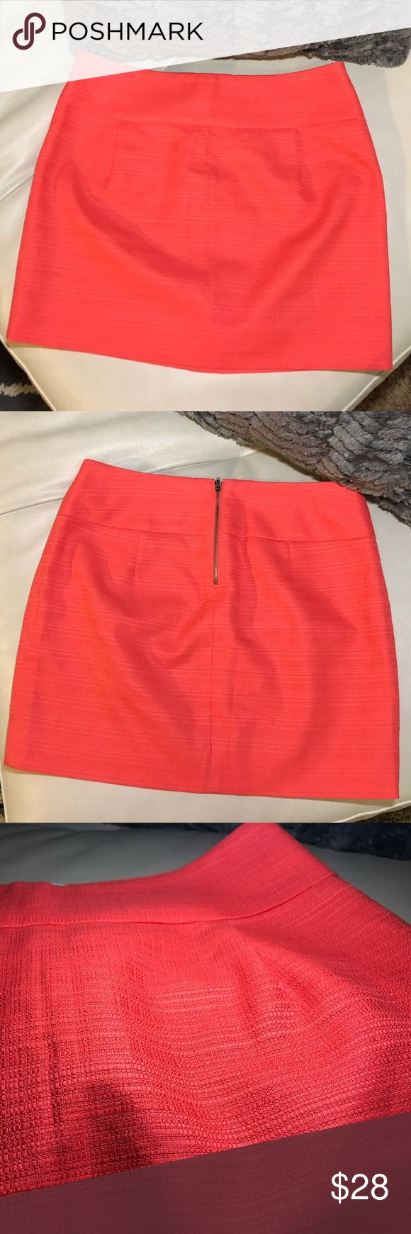 """J. Crew twill skirt J.Crew chino twill skirt in a melon - salmon color /two darts in the front and back / zip back /  16.5"""" waist when laid flat / 15.5""""  from top of waist to Hemline . Please note that skirt is pinned in the back on mannequin because it kept sliding off!  100% cotton  Make an offer! J. Crew Skirts Midi"""