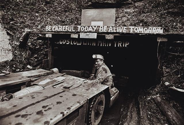 Coal mines, Be Careful today Be alive tomorrow.: 16 Tons Coal, Coal Miners Daughter, Long Wall, Miners Wife, Tons Coal Mining, Careful Today, Alive Tomorrow