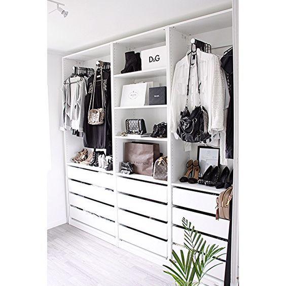 Jag är en tjej som verkligen har ordning har reda på mina saker, jag har det alltid snyggt inne på mitt rum och bland mina saker. Samma sak gäller mina kläder,