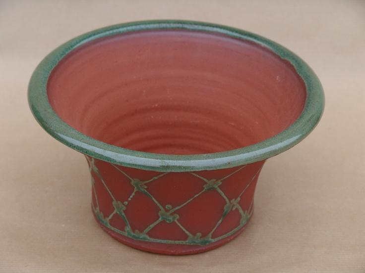 Aylesford Pottery: Plant pot medium size