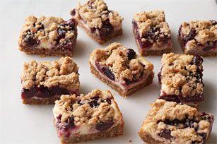 Famille et amis se régaleront de ces barres aux fruits façon streusel, qui feront un dessert parfait pour votre prochaine fête. Essayez-les!