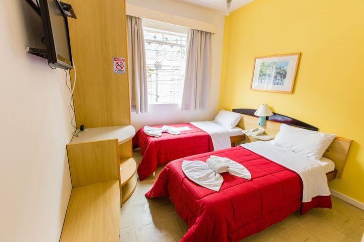 Apartamento Duplo Twin - Blumenau Hotel de Curitiba/PR Brasil