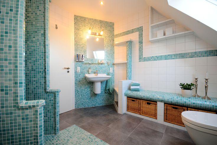 die besten 25 sitzbank bad ideen auf pinterest graue badezimmer inspiration graue holz. Black Bedroom Furniture Sets. Home Design Ideas