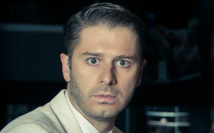 Ο Αλέξανδρος Μπουρδούμης στο Thesout: «Η δουλειά του ηθοποιού είναι μαραθώνιος, όχι 100 μέτρα»