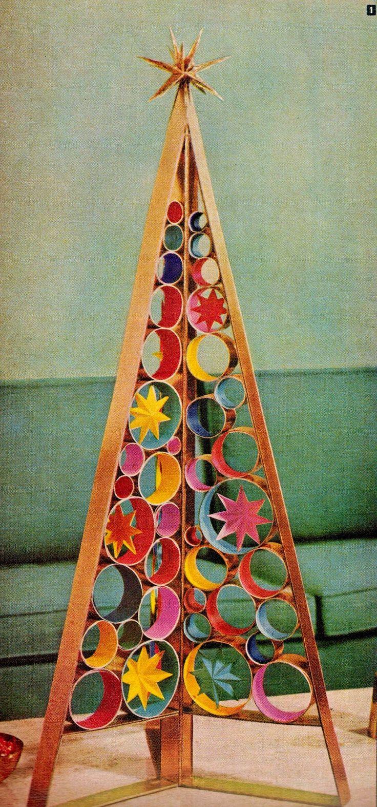 DIY mid century retro Christmas tree centerpiece. http://www.retrorealtygroup.com