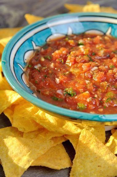 Pikante tomatensalsa - voor bij tortillachips