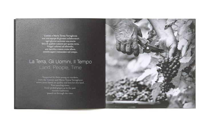Nuovo Catalogo vini 2015 per la cantina Feudi Salentini. Abbiamo ideato e curato la realizzazione di questo nuovo catalogo vini e realizzato gli scatti fotografici che sono all'interno.