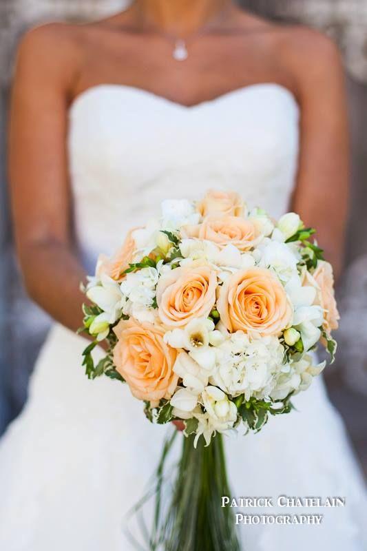 un bouquet de mariée pour Clémentine, photographiée par Patrick Chatelain