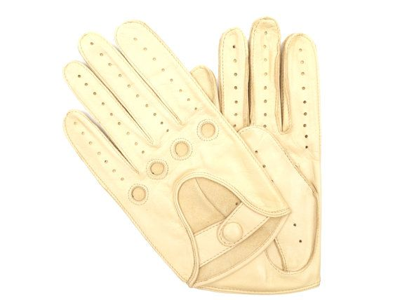 SALE  Men's CREAM lambskin leather driving gloves  by paprikastory