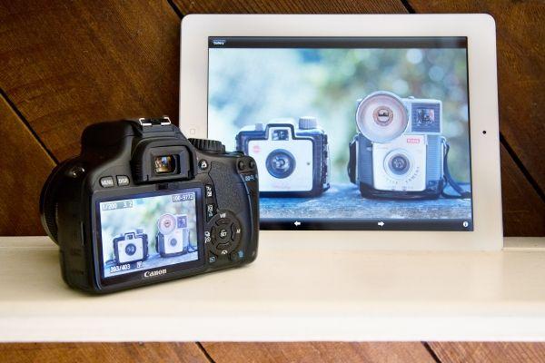 I need this Eye-Fi Wireless SD Card - The Photojojo Store!
