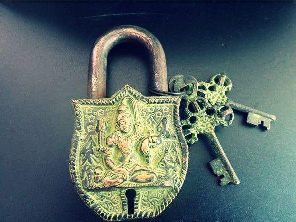 2 pcs~Tibet Nepal Antiqued Solid Brass Bronze ~Lord Shiva Locks