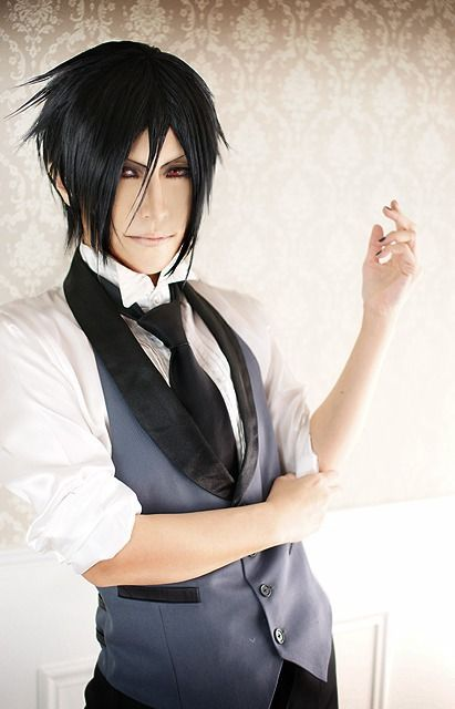 Though I don't watch Black Butler, this is an epic cosplay! Sebastian Michaelis - Black Butler - Cosplay Photo - WorldCosplay