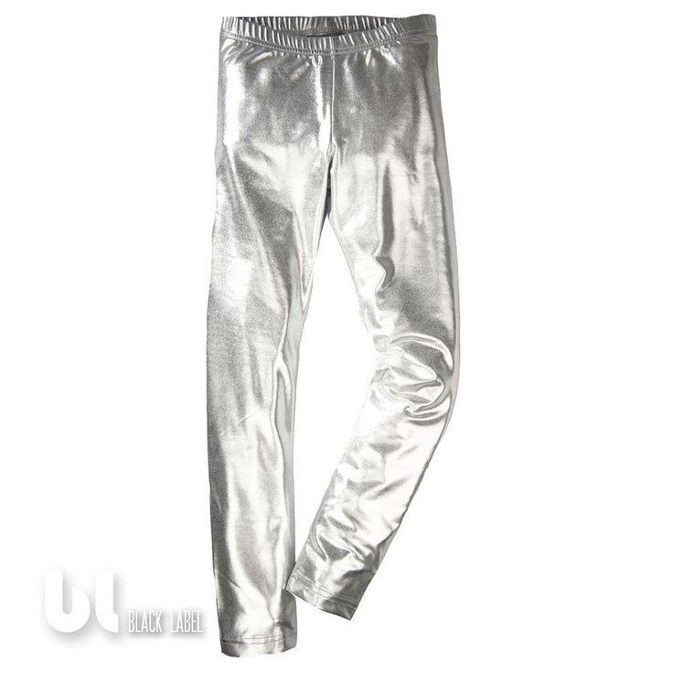 Leggings in Glanz Metallic Leder Optik. LEGGINGS METALLIC GLANZ OPTIK. Perfekt geschnitten und super sexy Passform. DAMEN LEGGINGS. Mit Rechnung vom Fachhandel. Farbe: Silber. Größen: S/M, L/XL. Black Label Fashion. | eBay!