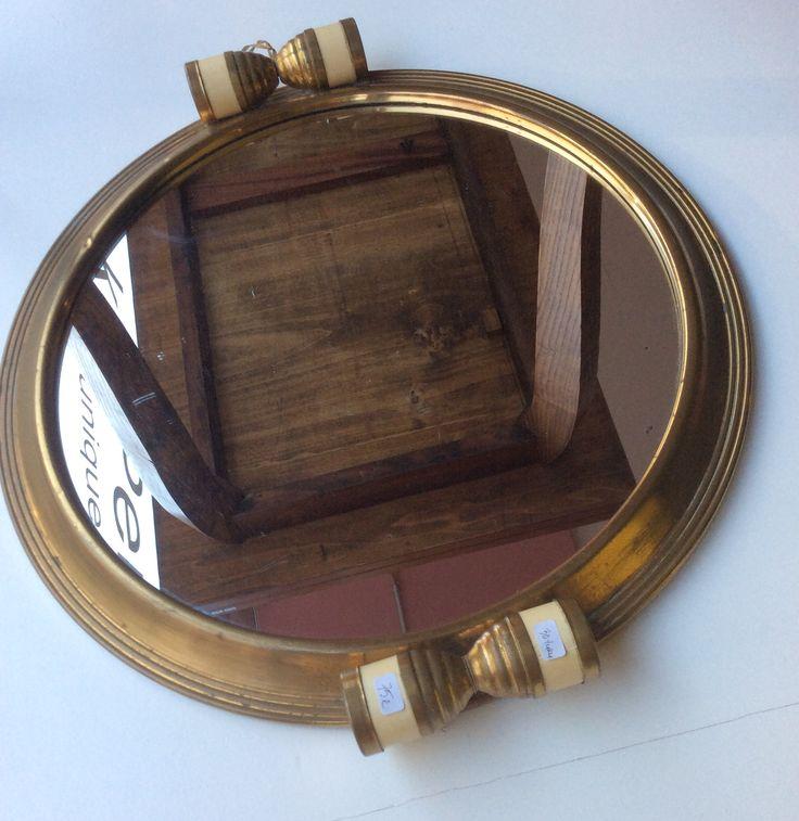 peilitarjotin 1920-30-luvulta, halkaisija 34cm . mirror-tray from '20s-'30s diameter 34cm