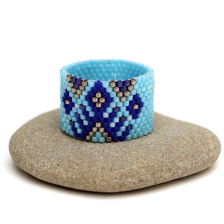 Купить Широкое кольцо в этно-стиле Голубое женское кольцо из бисера Бохо - кольцо из бисера