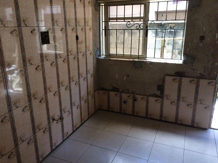 The Making Of The Akure 5 Bedroom Duplex Properties 12 Nigeria In 2020 Toilet Accessories Duplex Kitchen Maker