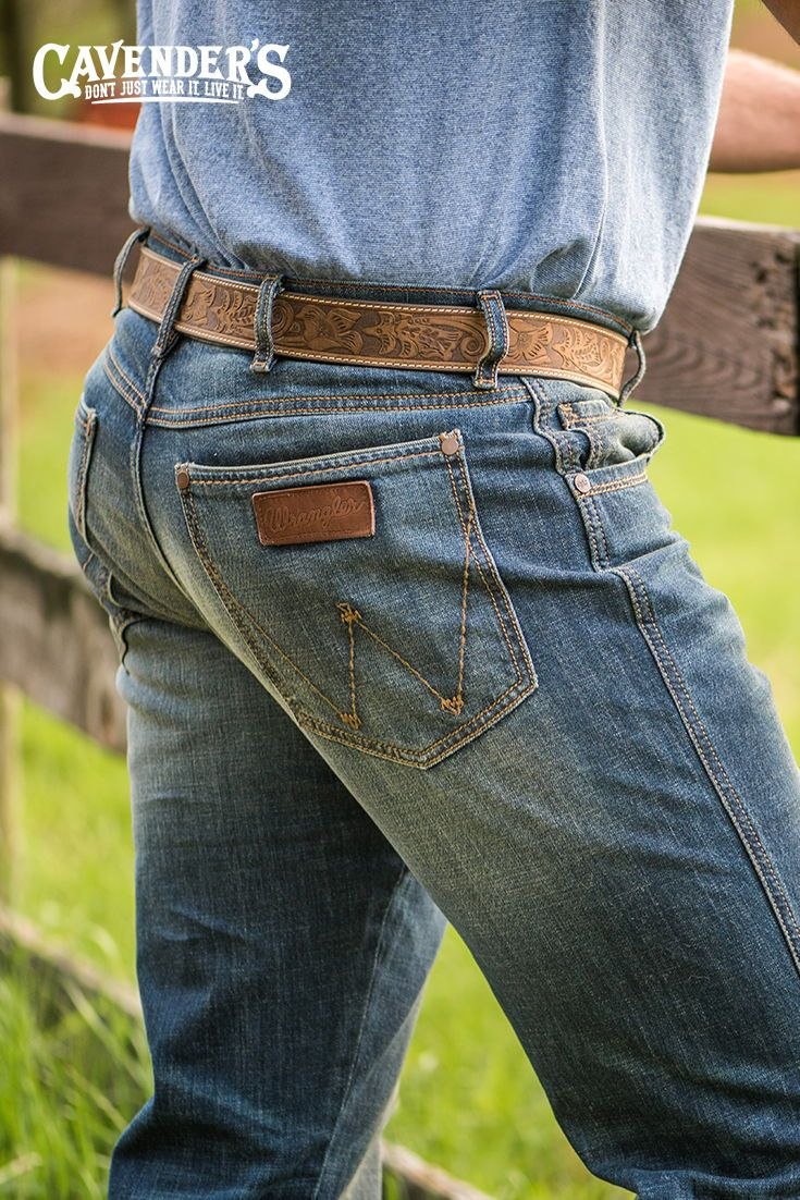 955a2554 Wrangler Retro Men's Medium Dark Wash Slim Fit Boot Cut Jeans | Mi ...