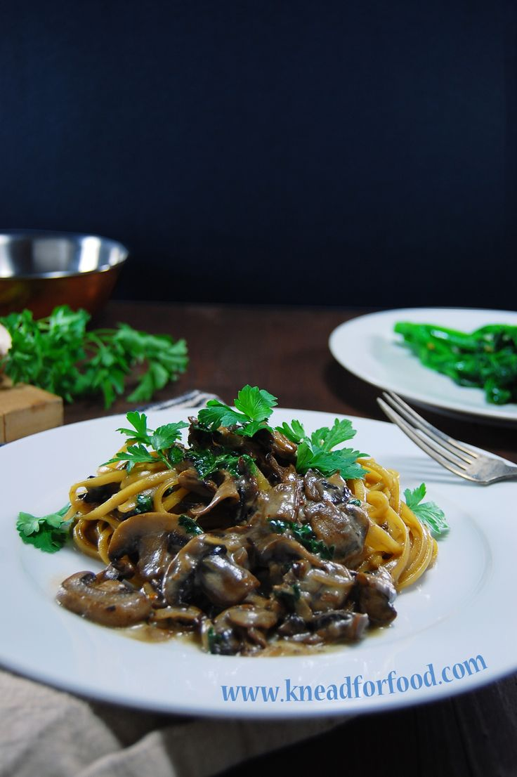 One Pan Mushroom Linguini Alfredo