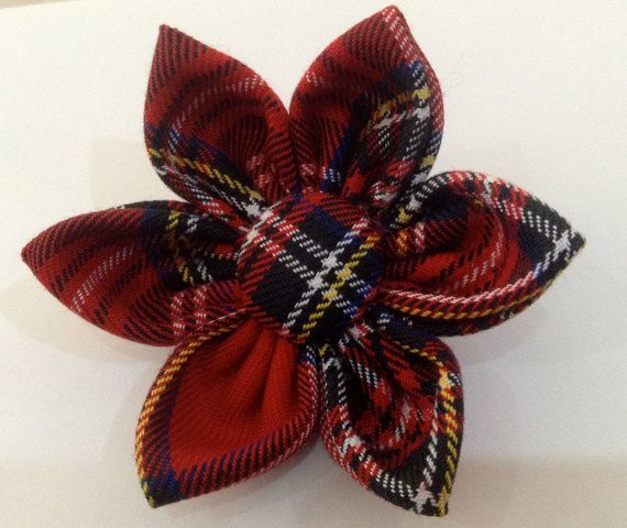 Scottish Tartan Fabric Brooch by Pascoespetals on Etsy