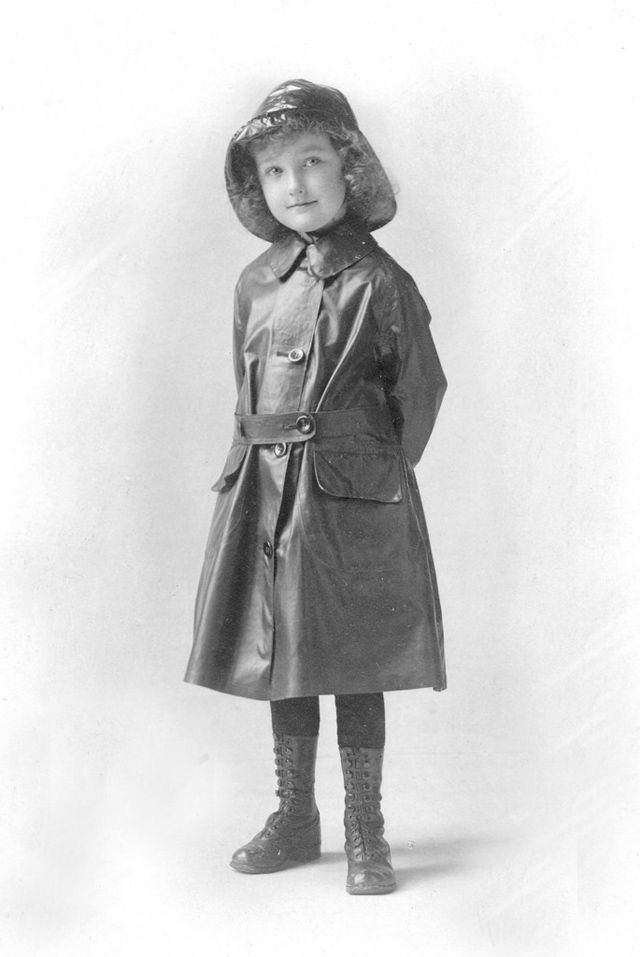 vintage everyday: Vintage Children Raincoats – 33 Lovely Old Snapshots Show What Kids Wore When Raining